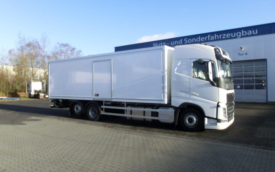 TK-Aufbau auf Volvo FH 420