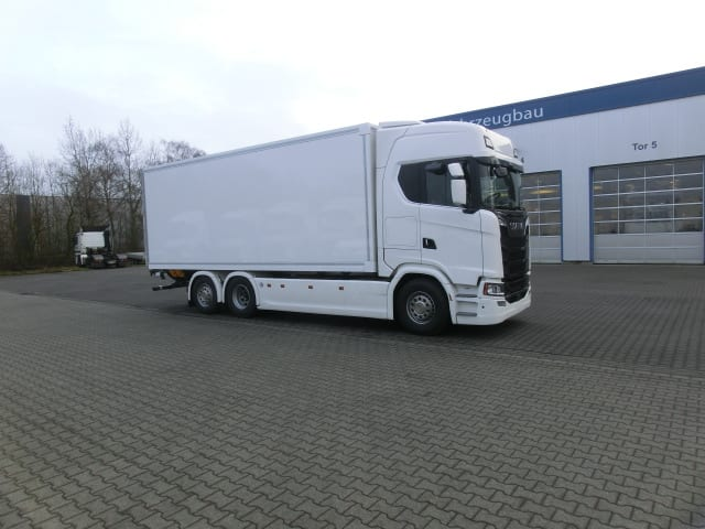 Kühlaufbau auf Scania S 520